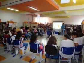 Nas atividades, os alunos aprendem conceitos básicos de produção: roteiro, câmera, edição